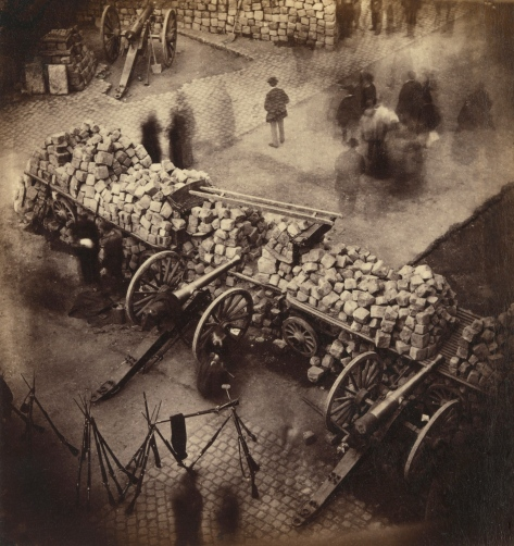 Barricade_Paris_1871_by_Pierre-Ambrose_Richebourg.jpg